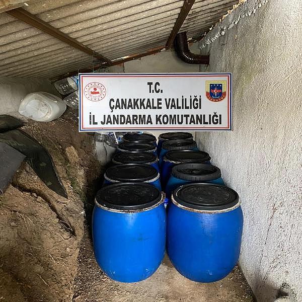 2021/10/bag-evinde-3-bin-230-litre-kacak-sarap-ele-gecirildi-088003c74760-2.jpg