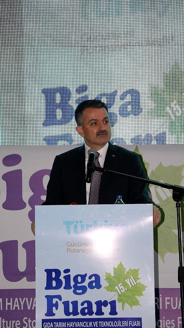 2021/10/bakan-pakdemirli-gecen-yil-tarimsal-hasilamiz-cumhuriyet-tarihi-rekorunu-kirdi-4d9255d08c83-2.jpg