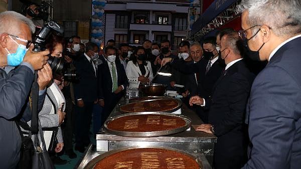 2021/10/bakan-pakdemirli-gecen-yil-tarimsal-hasilamiz-cumhuriyet-tarihi-rekorunu-kirdi-4d9255d08c83-8.jpg