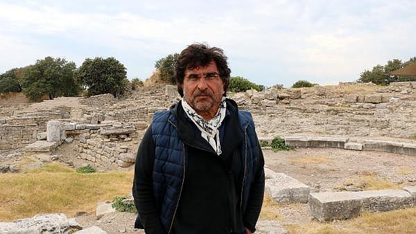 2021/10/troya-oren-yerinde-helenistik-ve-roma-donemine-ait-mozaik-bulundu-bf480b435bf4-9.jpg