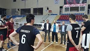 Başkan Yavaş'tan Umurbey Belediyespor antrenmanına ziyaret