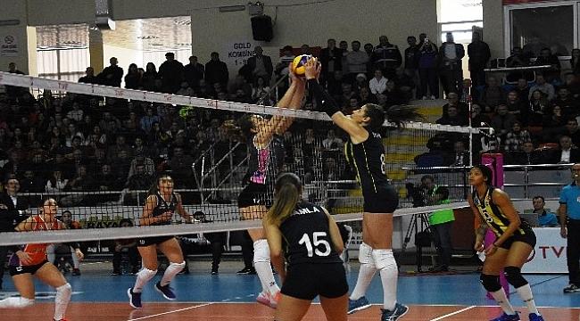 Vestel Venus Sultanlar Ligi: Çanakkale Belediyespor: 0 - Fenerbehçe: 3