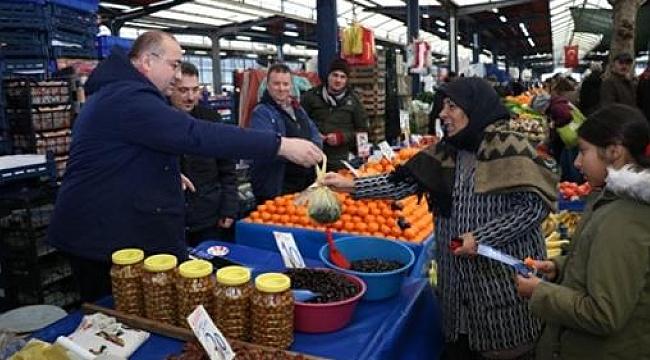 Gider, Cuma pazarını ziyaret etti