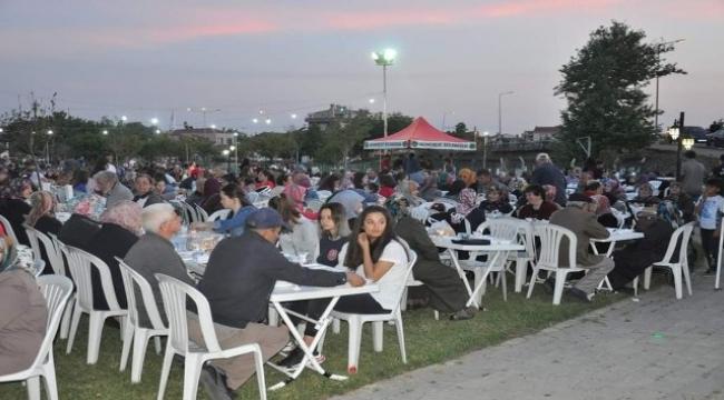 Gümüşçay'da 3 bin kişilik iftar
