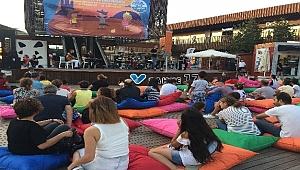 17 Burda'da yaz konserleri devam ediyor