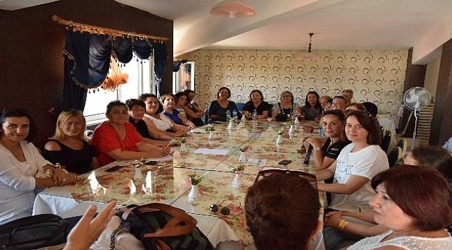 CHP Çanakkale İl Kadın Kolları Lapseki teşkilatını ziyaret etti