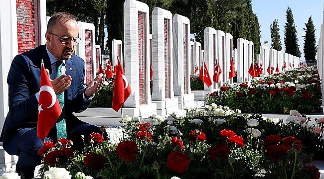 AK Parti Grup Başkanvekili Bülent Turan'ın mevlid kandili mesajı.