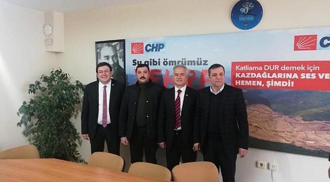CHP Ezine İlçe Teşkilatı'nı Karıştıran Ziyaret