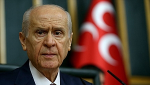 MHP Genel Başkanı Bahçeli 'Milli Dayanışma Kampanyası'na 5 maaşını bağışladı