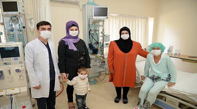 Azeri kadın, Bursa'da yapılan organ nakliyle sağlığına kavuştu