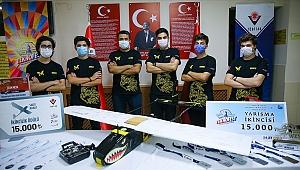 Ödüllü liseliler Türkiye'nin İHA gücünü ileriye taşımak istiyor