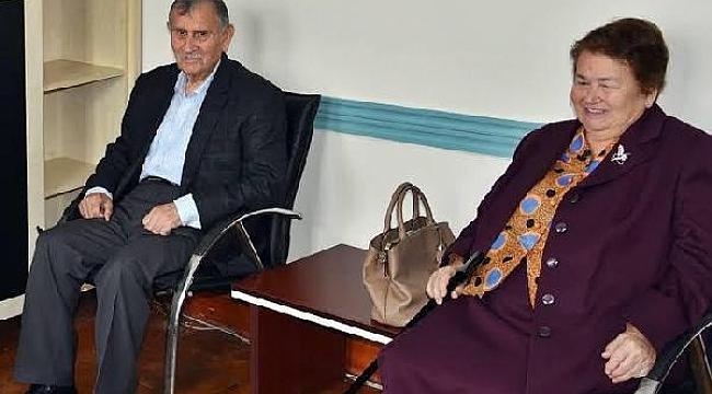 Eski Başbakan Akbulut'un ölümü Bayramiçlileri üzdü